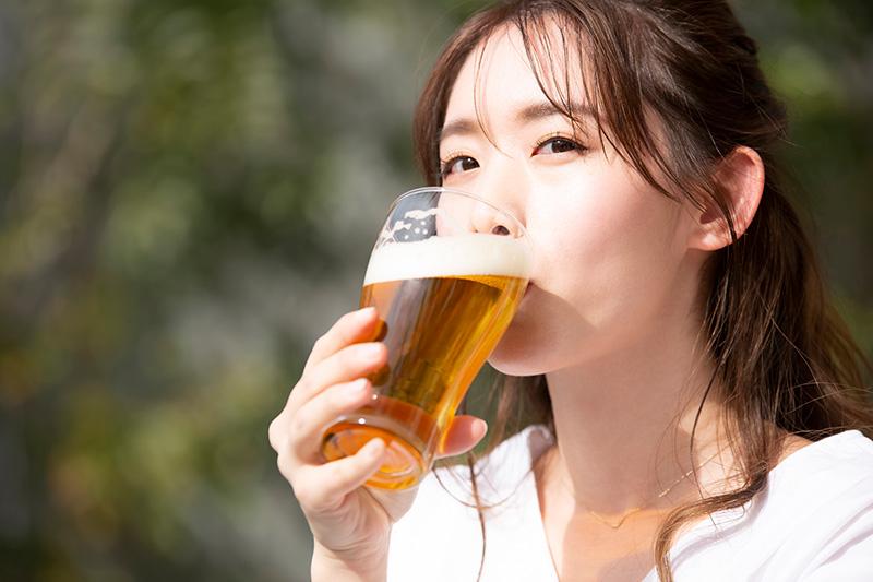 なぜ未成年はノンアルコールビール(ノンアル飲料)を飲んではダメなのか