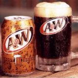 沖縄でしか飲めないと噂のアメリカ発ノンアルコール飲料「ルートビア」